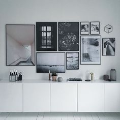 Variations Creative Frame Wall Decoration for Your Home. Amazing and Creative Frame Wall Decoration for Your Home. Bored with a plain wall look? Do not rush to replace the paint or coat it with wallpaper. Living Spaces, Living Room, Scandinavian Interior Design, Home And Deco, My New Room, Frames On Wall, White Walls, Home And Living, Interior Inspiration