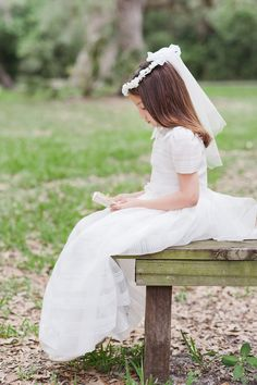 Camila & Ana, First Communion Photos by Rosa Ramentol Photography