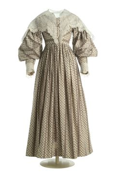Dress: ca. 1830-1833, Spanish (probably), patterned cotton twill, embroidered pelerine.