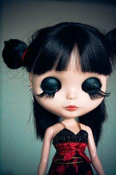 GOTH dark glamour ✤ :: Gothic Blythe Doll