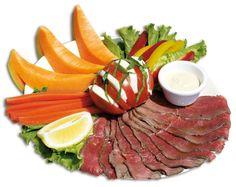 SUMMER LIGHT  Roastbeef (120 gr.), Pomodoro, Mozzarella di Bufala,  Basilico, Melone, Carote, Peperoni e Salsa Speciale.