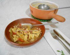 Un primo piatto davvero buonissimo e irresistibile è sicuramente quello dei maltagliati con fagioli borlotti, una ricetta semplice e buonissima