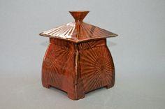 Clay Box, Ceramic Boxes, Clay Studio, Pattern And Decoration, Jars, My Etsy Shop, Pottery, Ceramics, Artwork