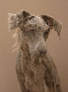 Dog sculpture created by UK-based artist Helen Thompson (aka Holy Smoke). Sculpture Textile, Paper Mache Sculpture, Dog Sculpture, Art Textile, Animal Sculptures, Paper Sculptures, Metal Sculptures, Helen Thompson, Creation Art
