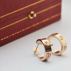 Luxury Jewelry, Gold Jewelry, Jewelry Rings, Unique Jewelry, Cartier Jewelry, Cartier Love Bracelet, Cute Piercings, Cuff Earrings, Fashion Jewelry