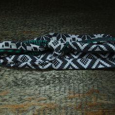 Zboží od Between the Buttons Friendship Bracelets, Sewing Projects, Buttons, Jewelry, Fashion, Moda, Jewlery, Jewerly, Fashion Styles