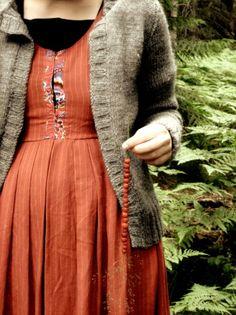 wild strawberries and folk dress.by vallmovild on flickr.