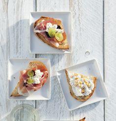 Een bruschette van ricotta en parmaham is een heerlijk hapje voor een luie zaterdagmiddag. Lekker voor jezelf, maar ook leuk als er visite langskomt! http://www.vriendin.nl/koken/recepten/7317/recept-voor-bruschette-met-ricotta-parmaham-en-druiven