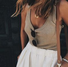 Summer style inspiration : skirt + top, to survive hot days ! Ideas of outfit for this summer, how to dress in summer ? Looks Chic, Looks Style, Style Me, Classy Style, Hipster Grunge, Grunge Look, 90s Grunge, Grunge Style, Soft Grunge