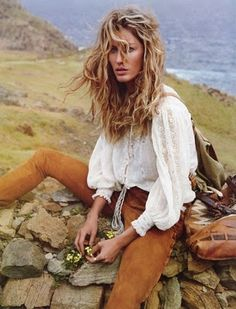 Gisele Bündchen. I love the color of her cords and the cuffed peasant shirt!