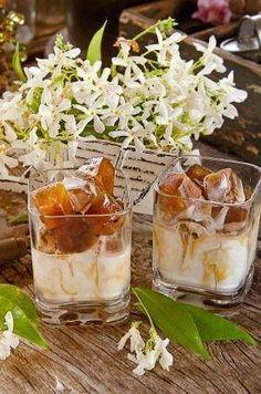 espresso/coconut iced drink