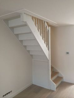 39 Inspiring Painted Stairs Ideas Staircase design, Stairs d… Small Staircase, Attic Staircase, Loft Stairs, House Stairs, Staircase Design, White Staircase, Carpet Stairs, Attic Bedroom Designs, Attic Design