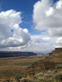 The Gorge in George, Washington. #PNW | Instagram: shantel_inperson