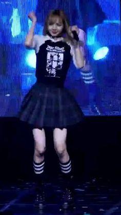Dance Moms Videos, Dance Choreography Videos, Black Pink Songs, Black Pink Kpop, South Korean Girls, Korean Girl Groups, Kpop Girl Bands, Photoshoot Bts, Black Pink Dance Practice
