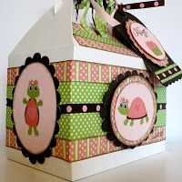 turtle gift box ~ Adorable!  I don't like turtles, but love the look.  Layered papers, ribbon, punch shapes, tag...