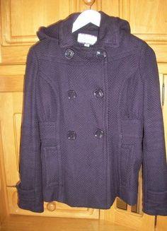 A vendre sur #vintedfrance ! http://www.vinted.fr/mode-femme/mode-femme-vetements-dexterieur/11846444-manteau-violet-stradivarius