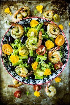 Spinach Pesto Pasta Salad with Shrimp from @heatherchristo