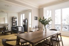 This Chic Paris Apartment Is a Perfect Mix of Old