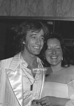 Robin Gibb (of the Bee Gees) with his wife. Robin, Sexy Black Art, Andy Gibb, Pop Rock Bands, Bbc Broadcast, Music Love, Stock Pictures, Gorgeous Men, Beautiful