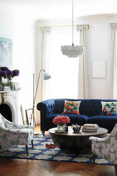 Interior-design-tips-blue-velvet-chesterfield-sofa Interior-design-tips-blue-velvet-chesterfield-sofa