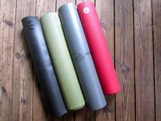 The best yoga mats from a yoga teacher's perspective. Pin now, buy one later!