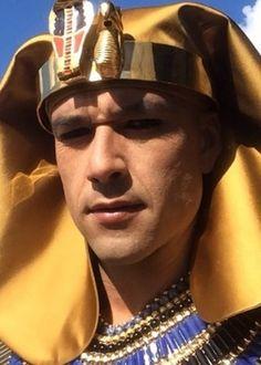 """Sérgio Marone posta vídeo caracterizado como faraó nos bastidores de """"Os Dez Mandamentos"""" #Ator, #Instagram, #Morte, #Mundo, #Novela, #OsDezMandamentos, #Record http://popzone.tv/sergio-marone-posta-video-caracterizado-como-farao-nos-bastidores-de-os-dez-mandamentos/"""