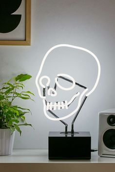 Neon Skull Table Lamp - Urban Outfitters