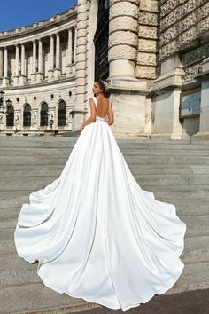 2019 Sexy Champagne Spaghetti Strap Wedding Dress Tulle Bridal Gown Made In China - Wedding Inspirasi - 2019 Sexy Champagne Spaghetti Strap Wedding Dress Tulle Bridal Gown Made In China - Spaghetti Strap Wedding Dress, Wedding Dresses With Straps, Princess Wedding Dresses, Elegant Wedding Dress, Perfect Wedding Dress, Dream Wedding Dresses, Bridal Dresses, Wedding Gowns, Tulle Wedding