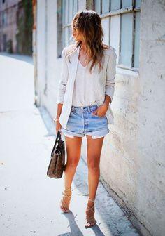 short jeans camisa branca
