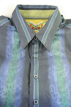 Robert Graham Shirt Size XL Cotton Blue Stripe Embroidered Accents Button Front
