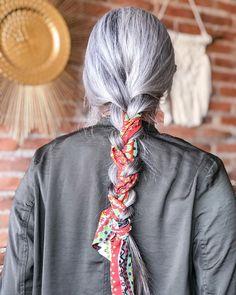 Penteados com bandana: tutoriais + 30 looks com o acessório
