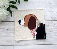 Beagle Coaster ~ handmade with cotton fabrics using free motion machine embroidery. Beagle Gifts, Dog Mom Gifts, Gifts For Dog Owners, Pet Gifts, Dog Lover Gifts, Pet Lovers, Free Motion Embroidery, Machine Embroidery, Embroidery Ideas