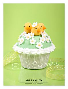 ~ Chick-a-dee Cupcake ~