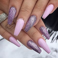 Acrylic nail ideas pink and black cool pink and lilac nails ballerina nails acrylic nails gel nails Purple Gel Nails, Purple Nail Art, Purple Nail Designs, Acrylic Nail Designs, Nail Art Designs, Matte Nails, Stiletto Nails, Lilac Nails With Glitter, Lilac Nails Design