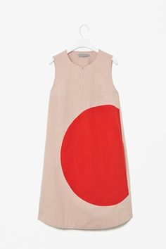 Circle seam dress - I like it even if it looks like a giant baby sleeping bag. And it kind of says 'I like Japan', which I do :) To be worn with stripey tights until an impolite bloke tells you you look ridiculous.