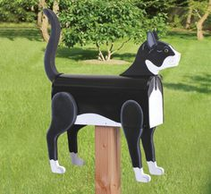 All Yard & Garden Projects - Cat Mailbox Wood Project Pattern Wooden Mailbox, Diy Mailbox, Mailbox Ideas, Vintage Mailbox, Mailbox Post, Cat Crafts, Wood Crafts, Animal Crafts, Crazy Cats