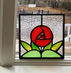 Hanging Stained Glass, Stained Glass Crafts, Rose Window, Purple Tulips, Mosaic Art, Mosaics, Window Design, Rose Design, Cut Glass