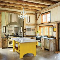 Be inspired by these farmhouse-style kitchens, which are warm, inviting, and comforting.