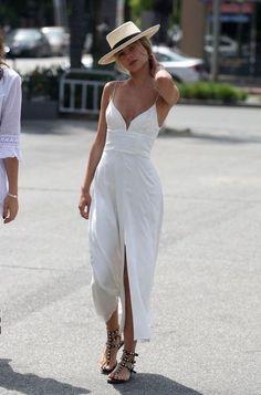 Elegant A-line chiffon simple prom dress - Summer Outfits Fashion Mode, Look Fashion, Womens Fashion, Fashion Trends, Gypsy Fashion, Travel Fashion, Trendy Fashion, Fashion Ideas, Ladies Fashion