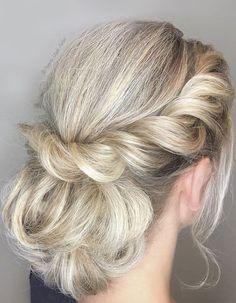 Twisted Halo Updo wedding hair #weddinghair #hairstyle #twistedupdo #updohairstyle #weddingupdo #bridalhair