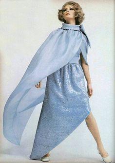 Pierre Cardin gown L'Officiel magazine 1968
