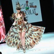 Париж увидел модный показ в шоколаде