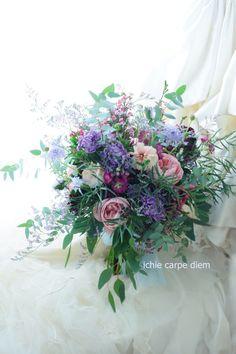 如水会館様への色直し用のブーケ、 抱えるほどの大きさで。 *インスタでどのくらい大きいか インターンさんに持ってもらっております。 ... Wedding Flower Arrangements, Wedding Flowers, Botanical Drawings, Floral Wreath, Bouquet, Wreaths, Floral Crown, Door Wreaths, Bouquet Of Flowers