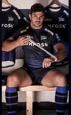 Rugby Sport, Rugby Men, Hot Rugby Players, Sports Mix, Australian Football, Sports Uniforms, Rugby League, Men In Uniform, Muscular Men