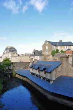 Lavoir, Vannes, Bretagne by G.