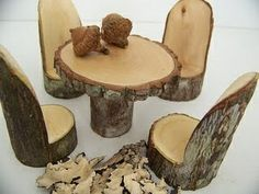 Chairs and table made out of a tree stump. So cool!!