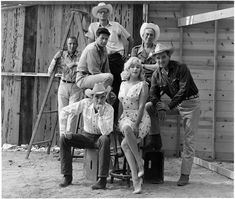Elliott ERWITT :: On the set of the film The Misfits (dir. by John Huston) with Marilyn Monroe, Montgomery Clift and Clark Gable - Reno, Nevada, The Misfits, Misfits Cast, Montgomery Clift, Robert Mapplethorpe, Robert Doisneau, Clark Gable, Magnum Photos, Marilyn Monroe, Robert Frank