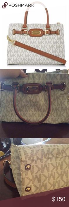 Michael kors Hamilton purse Very good condition one of michael kors best purses Michael Kors Bags Shoulder Bags
