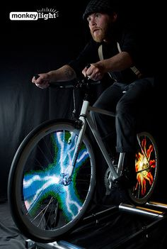 Bike Wheel Light System Lets You Design Your Own Wheel Graphics #technology