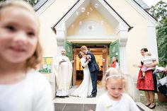 End of September we had the honor to cover the wonderful wedding of Ursula and Stefan in Vienna. Besides the wedding we met former clients, new ones and ma… Girls Dresses, Flower Girl Dresses, Ursula, Vienna, Marriage, Wedding Dresses, Fashion, Dresses Of Girls, Valentines Day Weddings